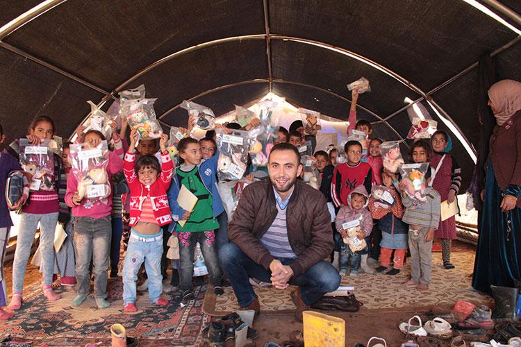 2016年トルコのシリア難民の子どもたちへ ©ホープフル・タッチ