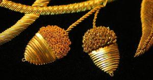 英国伝統の格調高い「ゴールドワーク」刺しゅうとの出会い