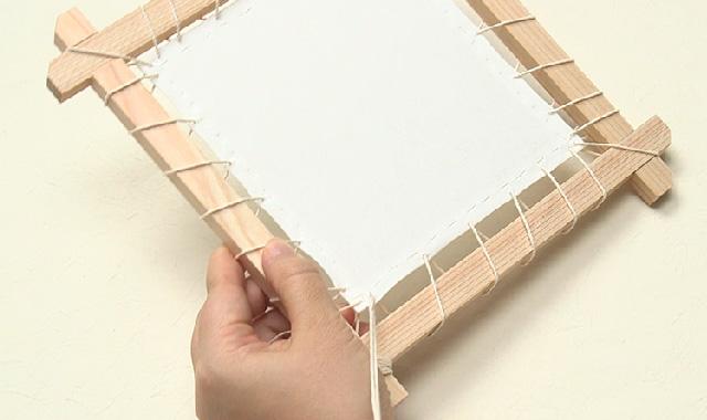 ニャンドゥティ 木枠を組み立てて、布を張りましょう 手順③
