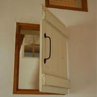 家の中に窓をつくる。