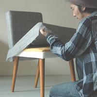 ボロボロのいすの布を張り替えよう!