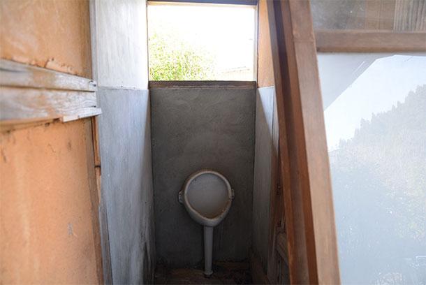 ぼっと ん トイレ