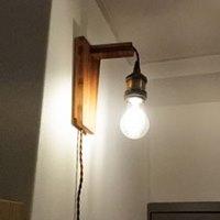 【連載】『テーブルの上で簡単DIY』 神戸新聞 ちょっと暗いな、と思う場所に明かりを新設。壁掛け照明を作ろう!