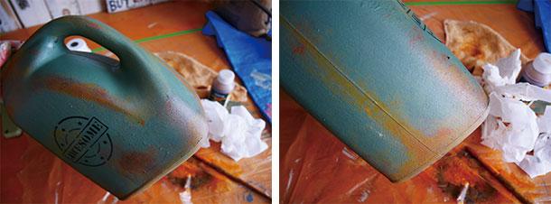 伸ばしたり余分な塗料をふき取ったり
