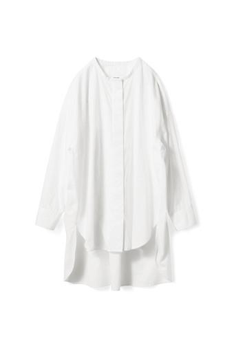 アヴェクモワ ロングシャツ〈白〉