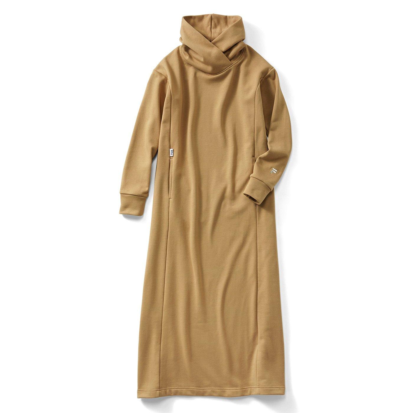 IEDIT[イディット] FILA別注 衿もとボリュームで着映え ロングパーカーワンピース〈キャメル〉