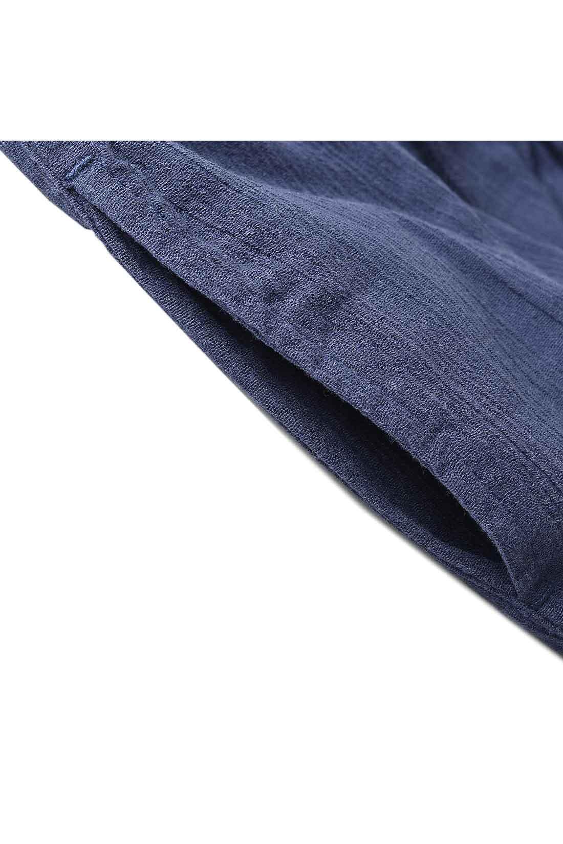 なにかと便利な両ポケット付き。