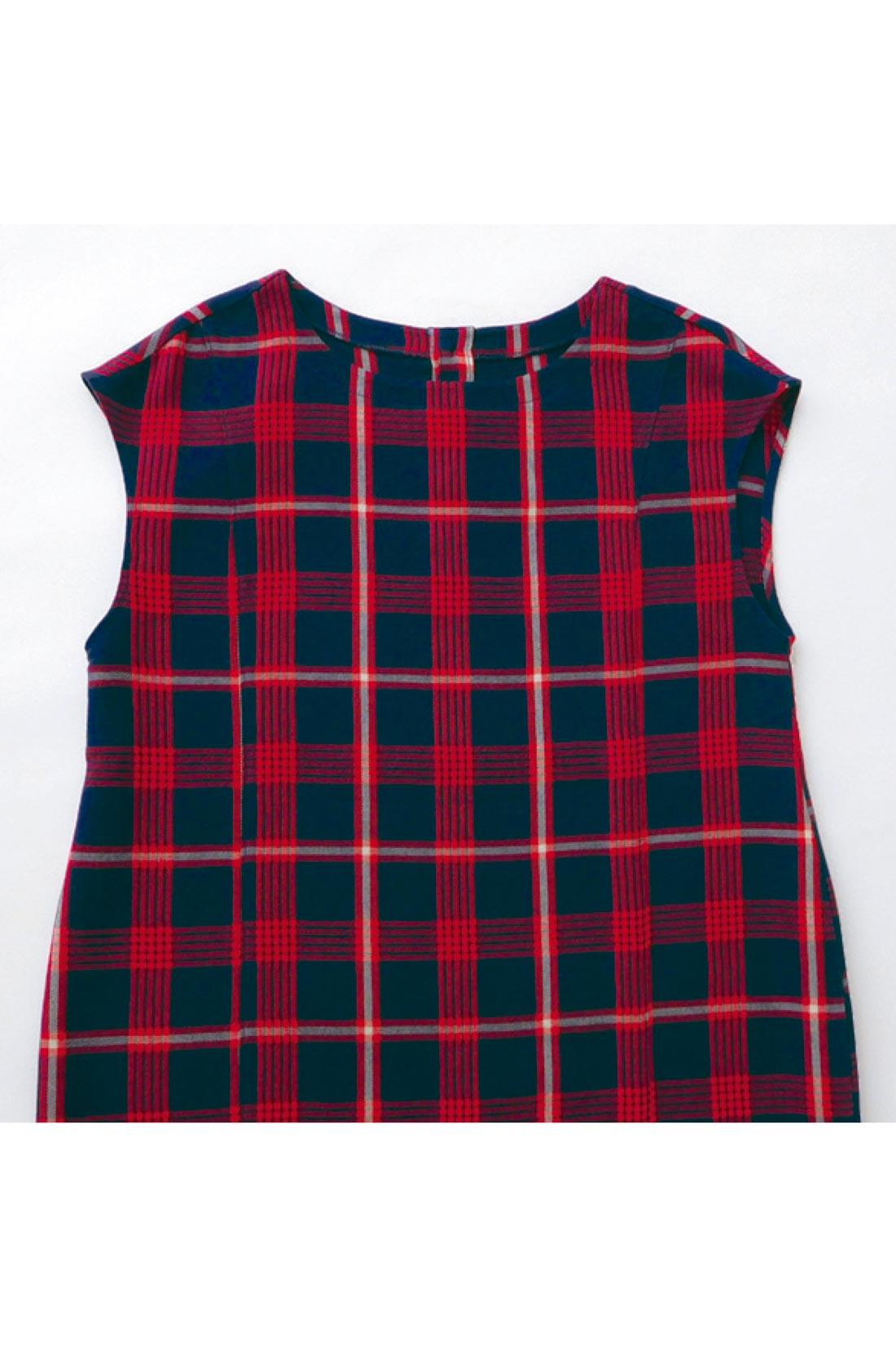 赤×紺がトラッドな布はくのコクーンワンピ