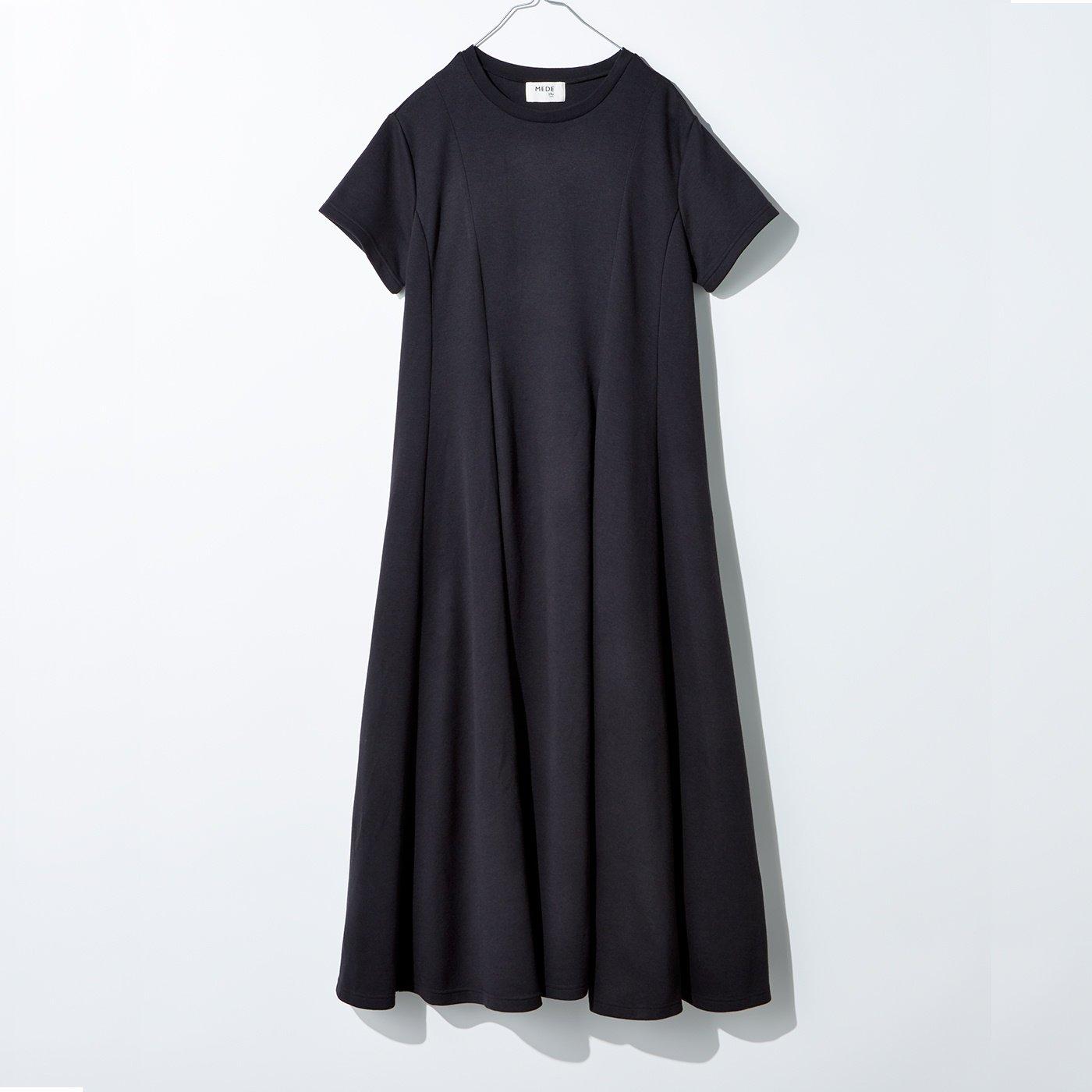 MEDE19F ビッグTシャツワンピース〈ブラック〉