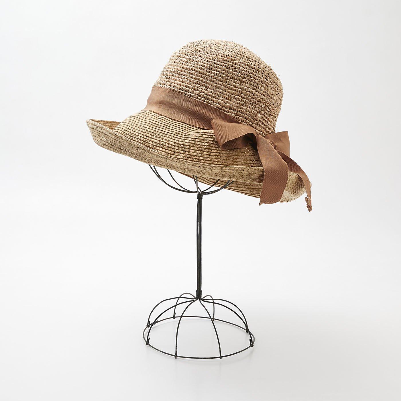 odds ラフィアとペーパーで作った帽子
