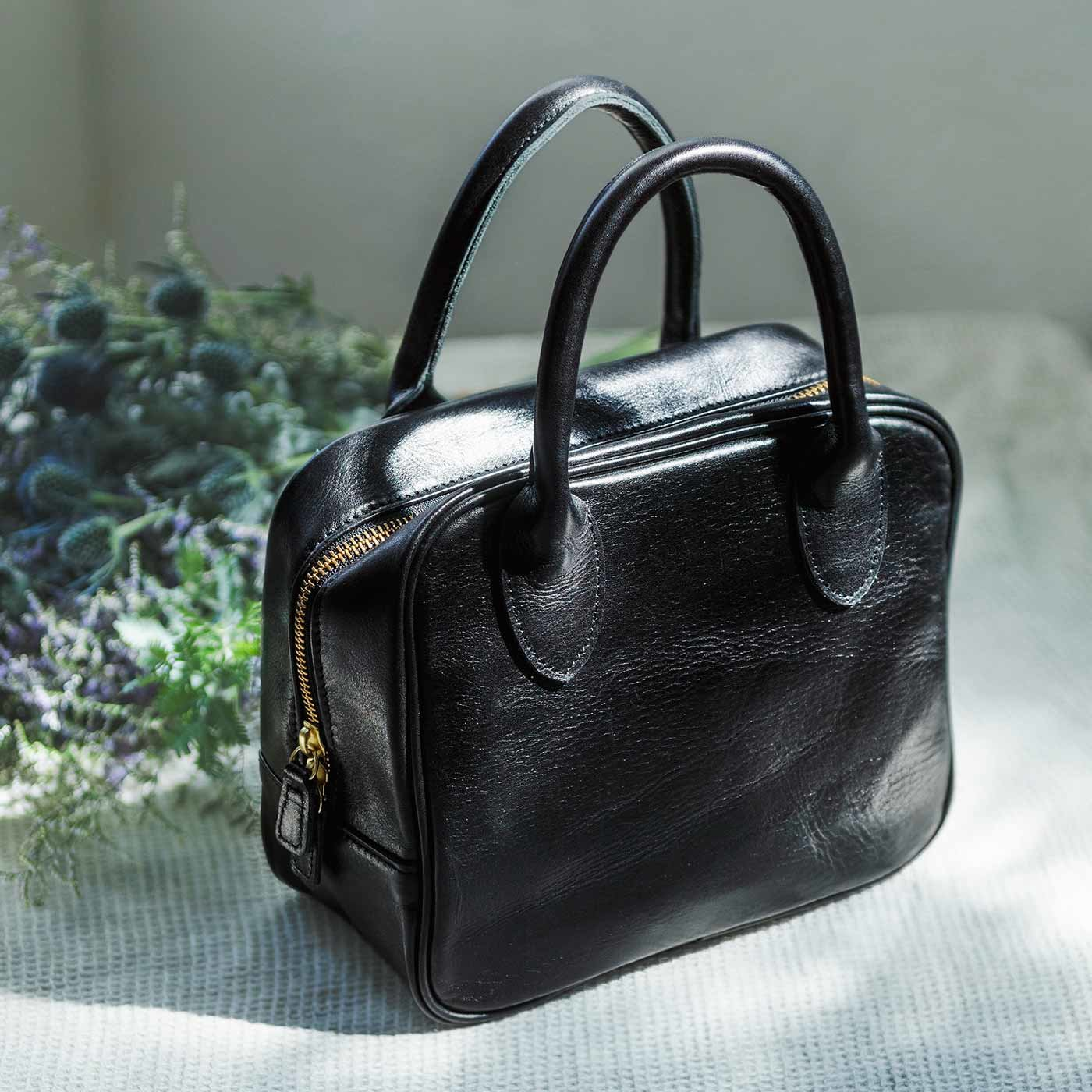 職人仕上げ 私に寄り添う 本革手持ち鞄(かばん)〈ブラック〉[本革 鞄:日本製]