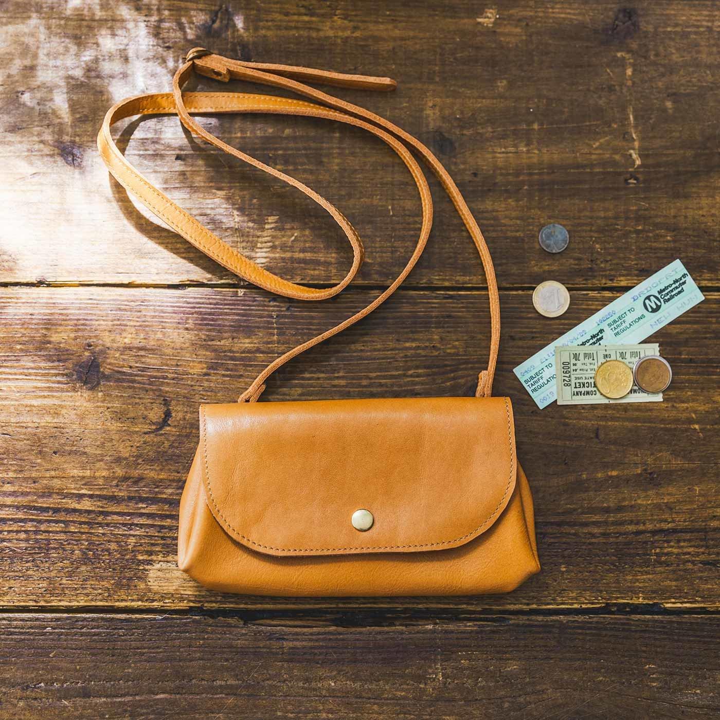 鞄(かばん)作家と作った 本革バルーンウォレットショルダー〈キャメル〉[本革 ポシェット:日本製]