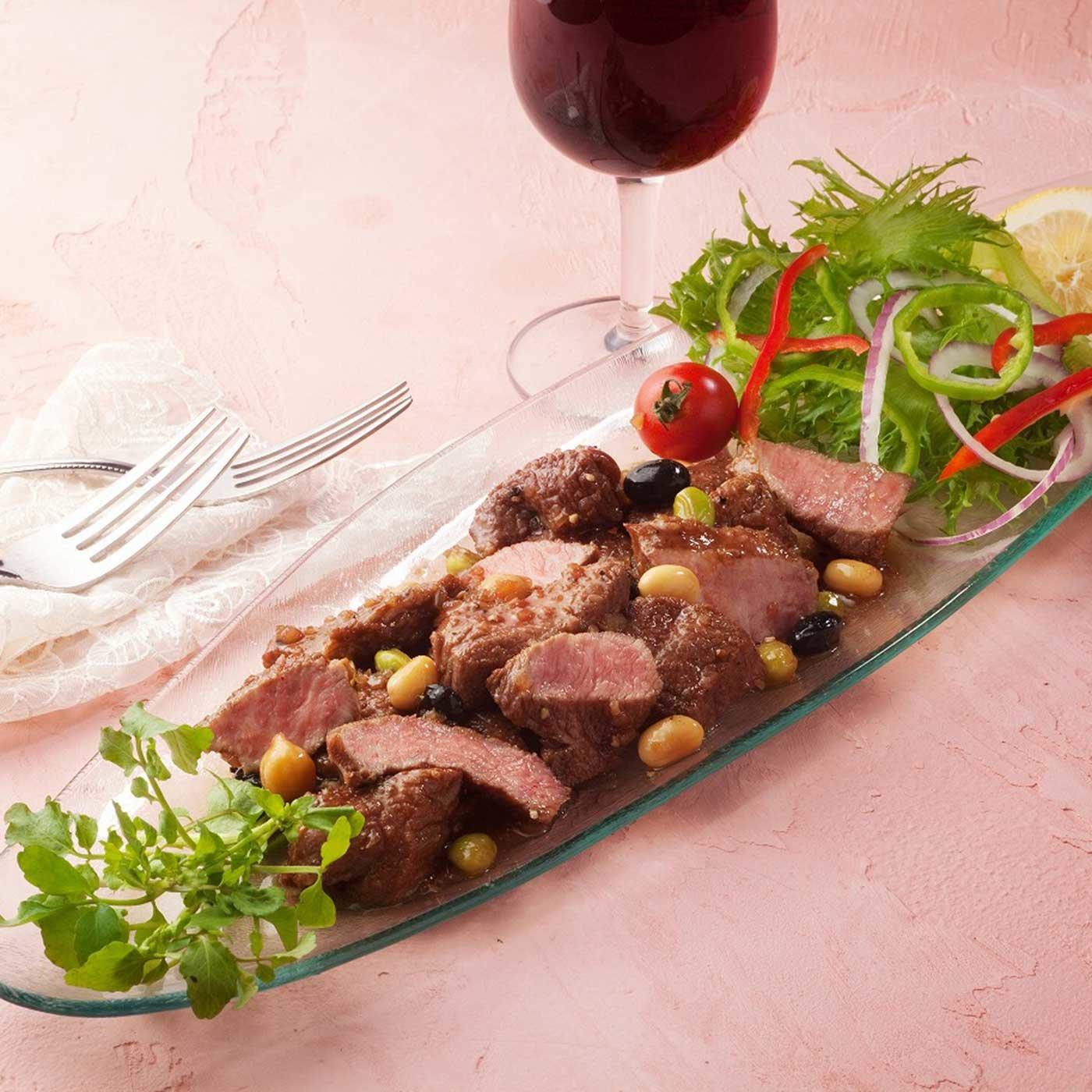 神戸ワインに漬け込んだ国産牛ひとくちステーキ