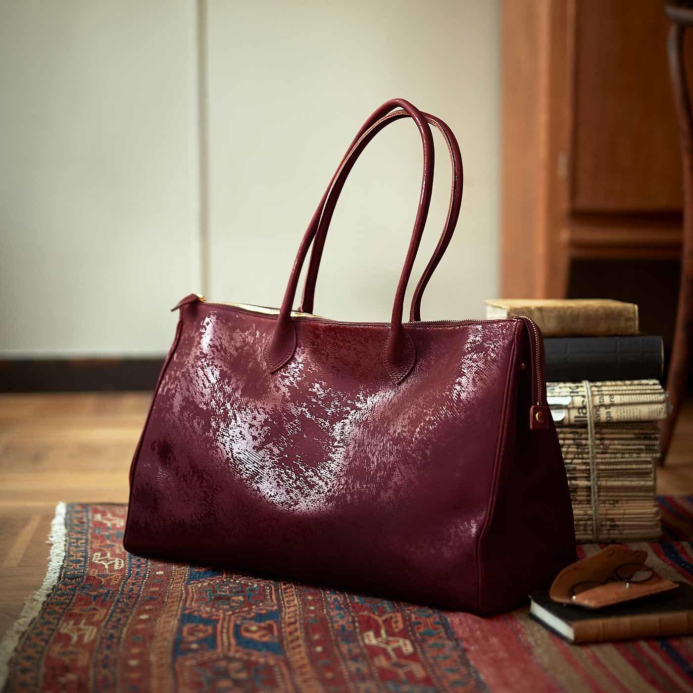 ファッションスタイリストと作った 職人本革の旅のエトランゼ鞄〈ヴィンテージレッド〉[本革 鞄:日本製]