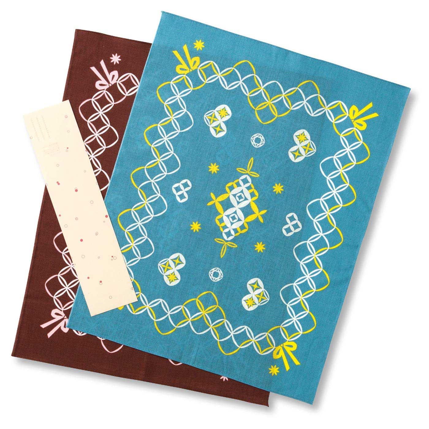 色違いの2枚セット。てぬぐいに使われる「岡」という生地を使用。上下の端は三巻縫いされているからほつれにくく、使いやすい。