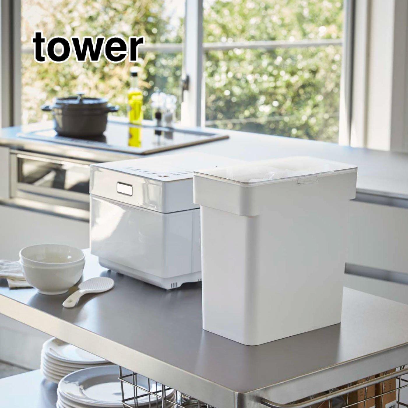 tower 米びつ 密閉5㎏  計量カップ付き