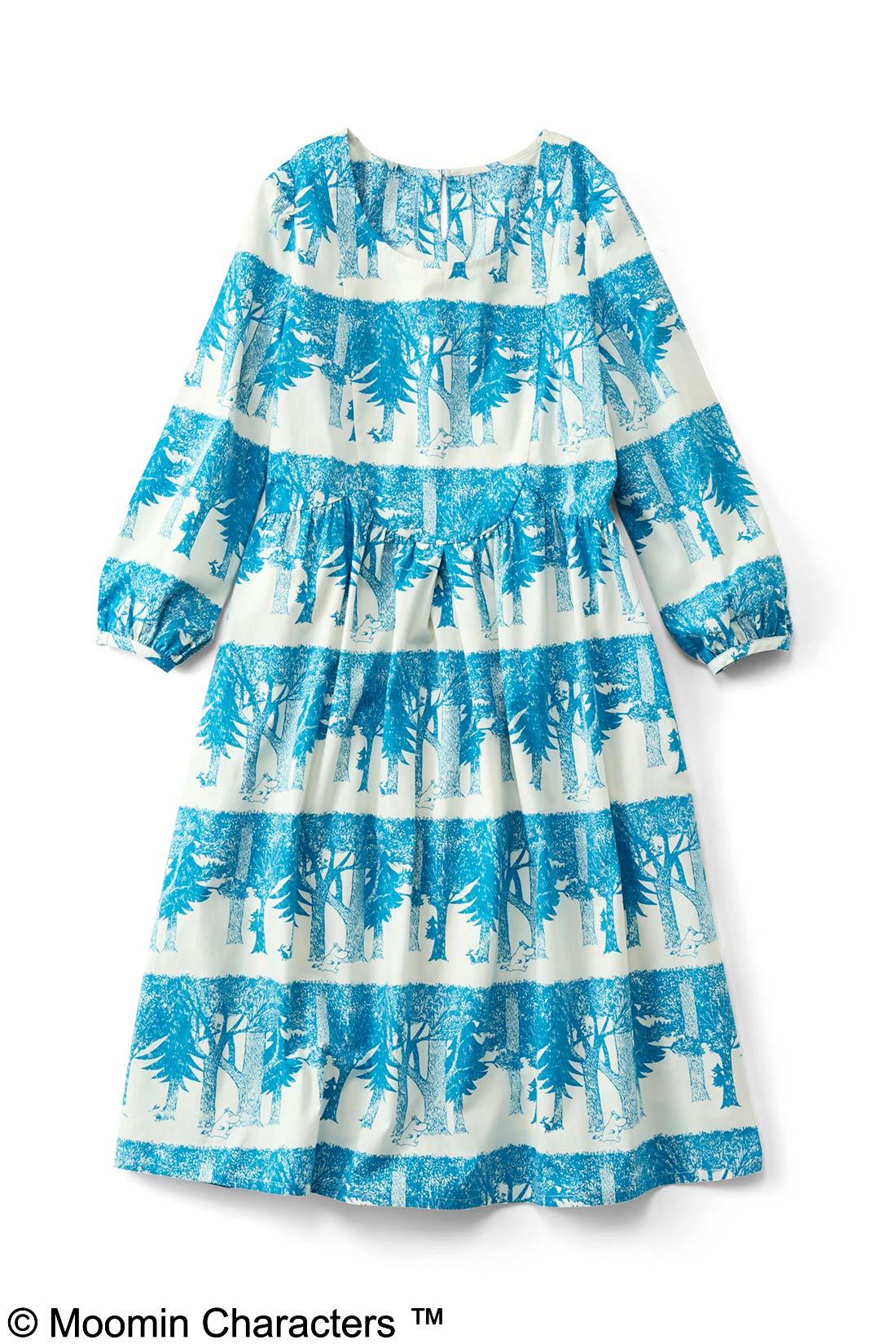 【オフホワイト×ブルー】ボーダーのように配置された木々が素敵でしょ。スカート部分には裏地付き。