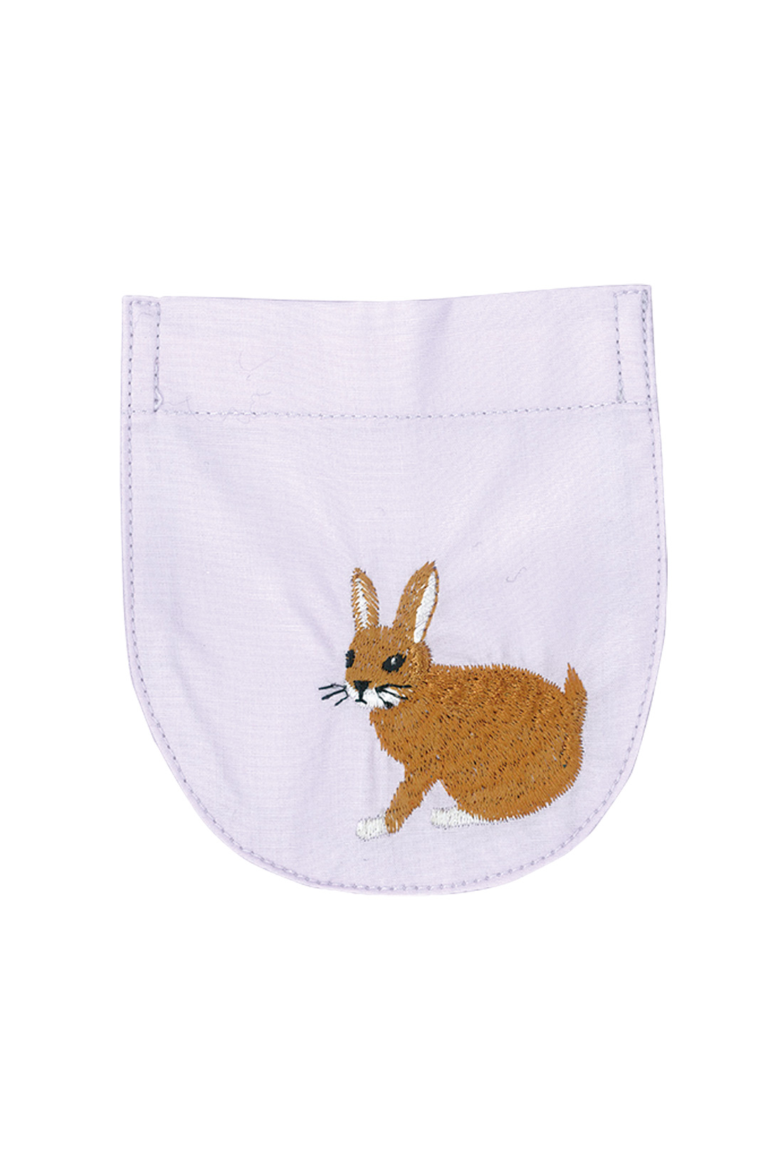 大好きなウサギの刺しゅうはモフモフの毛並みにこだわり。
