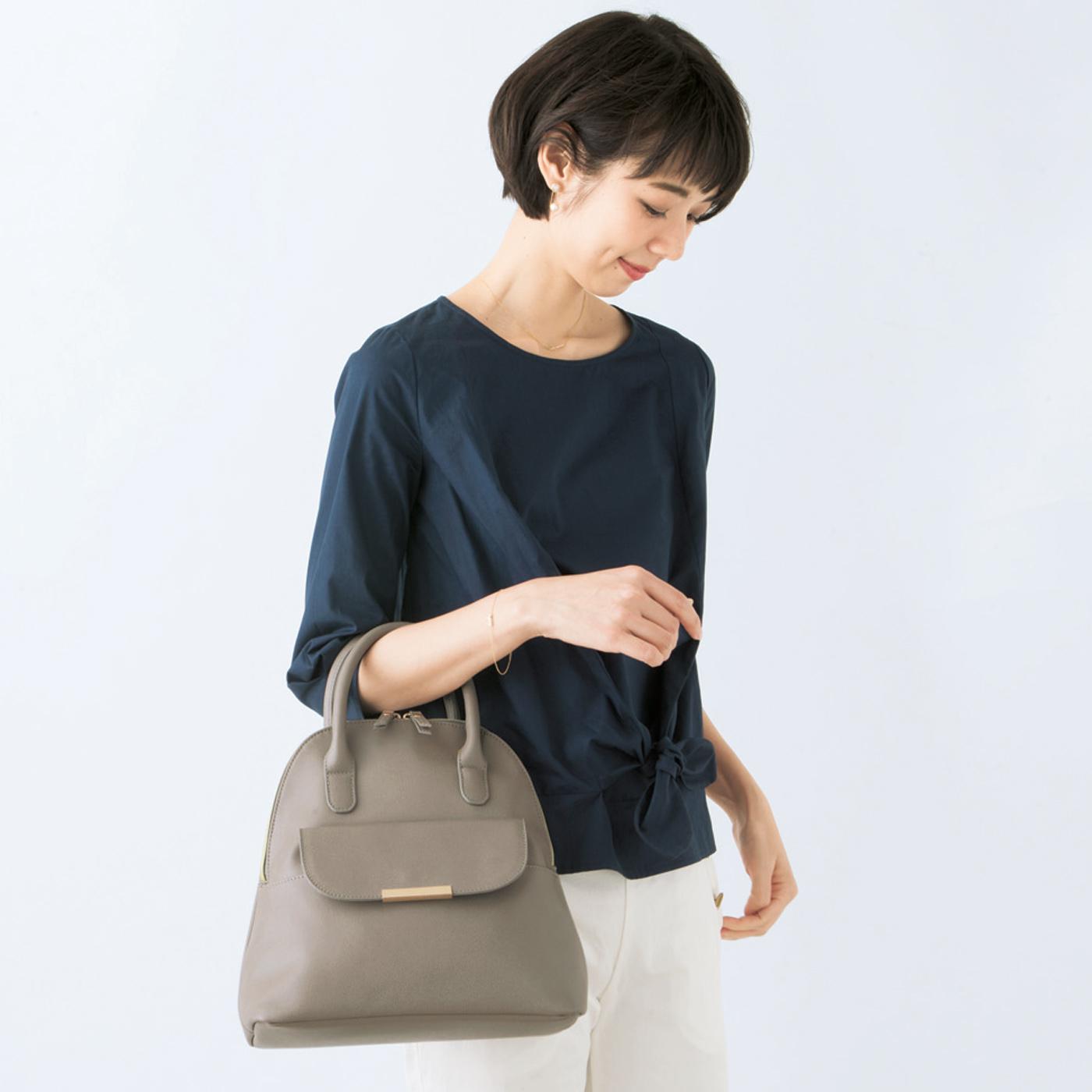 【3-WAY】 ストラップを外してハンドバッグに。