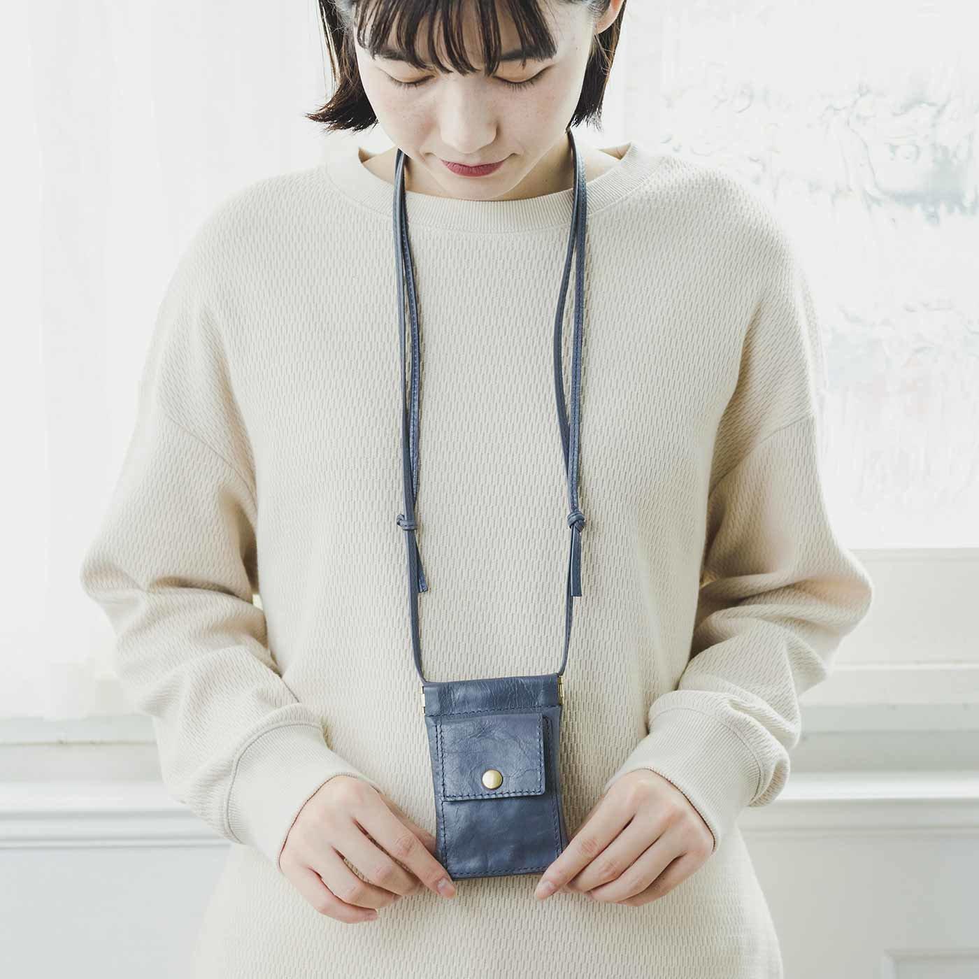 福岡の鞄作家と作った 職人本革のライブパスケース〈グレー〉[本革 ポーチ:日本製]