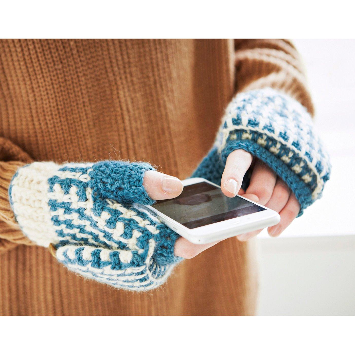 手のひら側が開くので、着けたままでスマートフォン操作もこなせます。