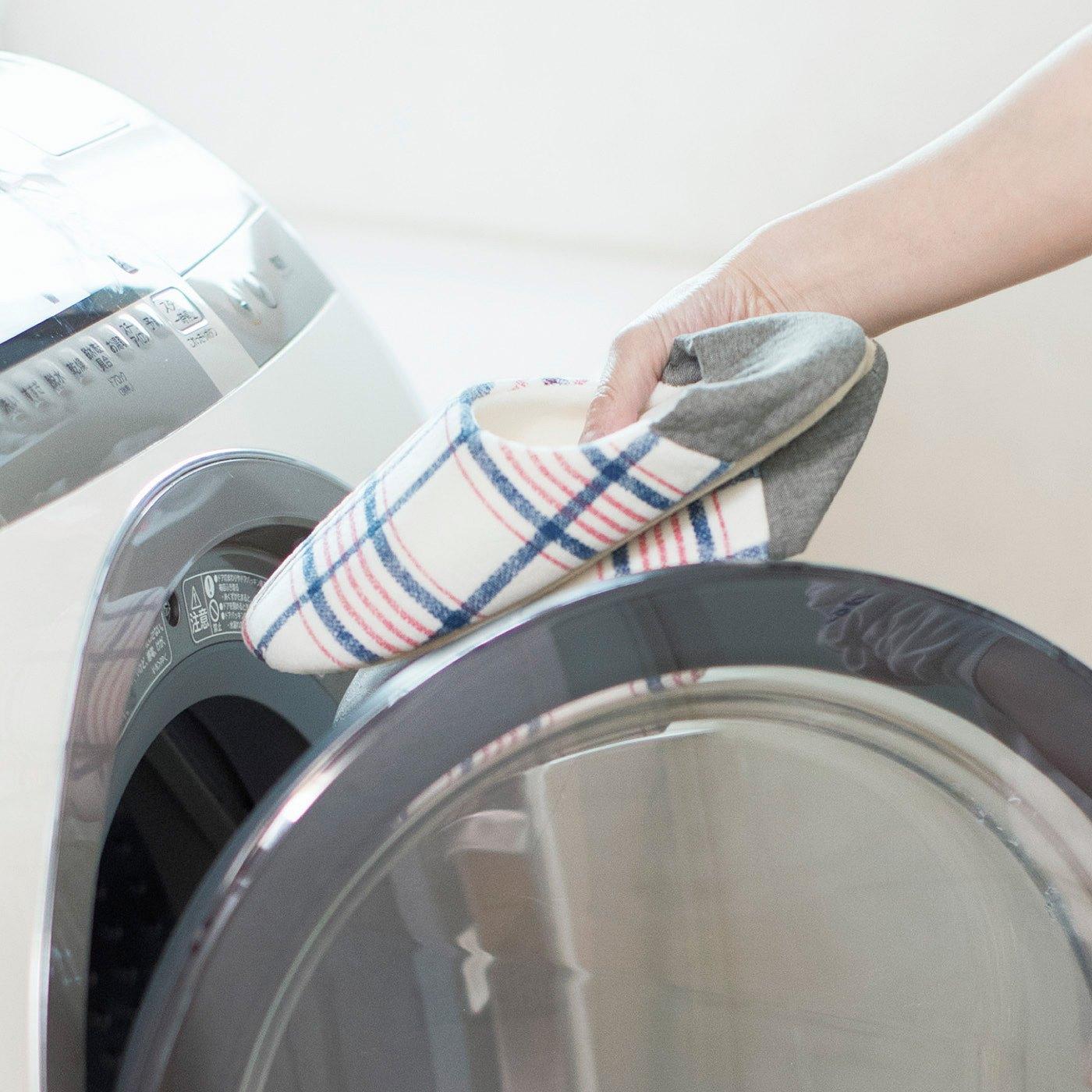 洗濯機で丸洗いできるのでいつでも清潔。ネットに入れる必要もなし。