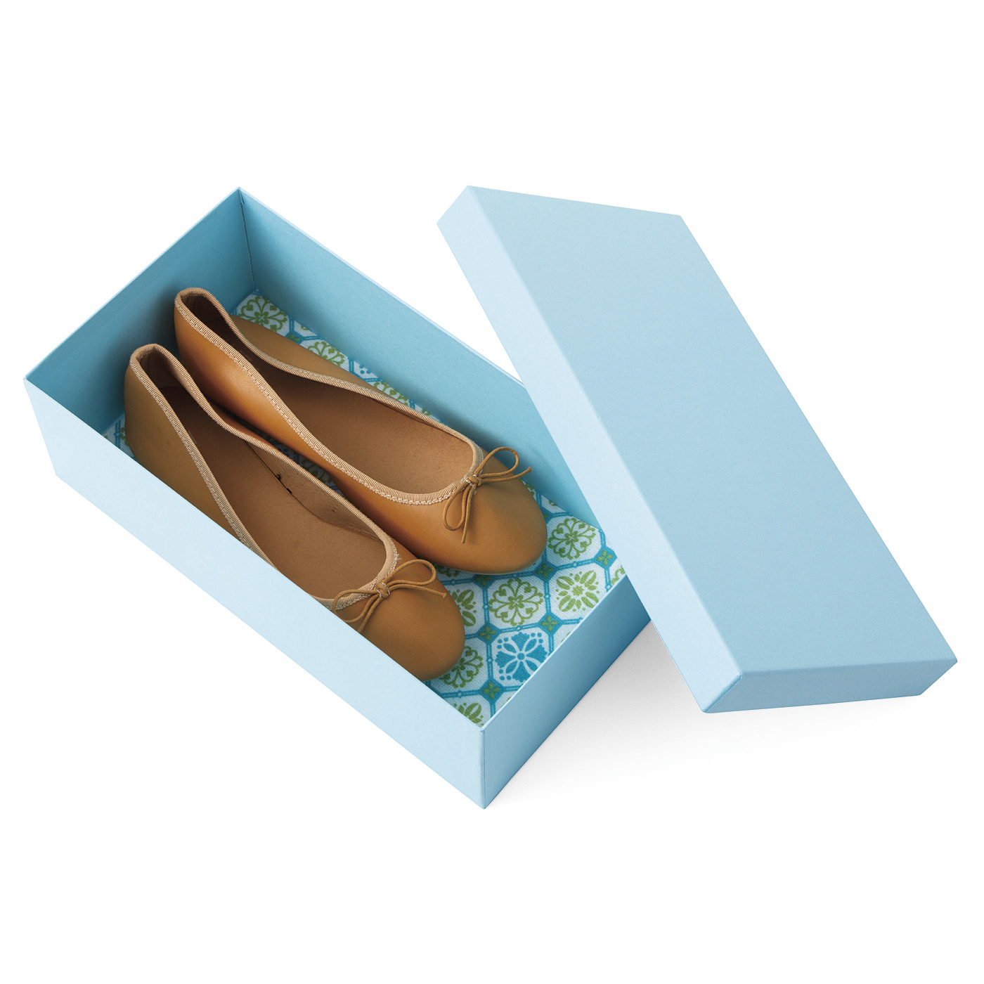 カットして使えるので、靴箱での保管にも使えます。