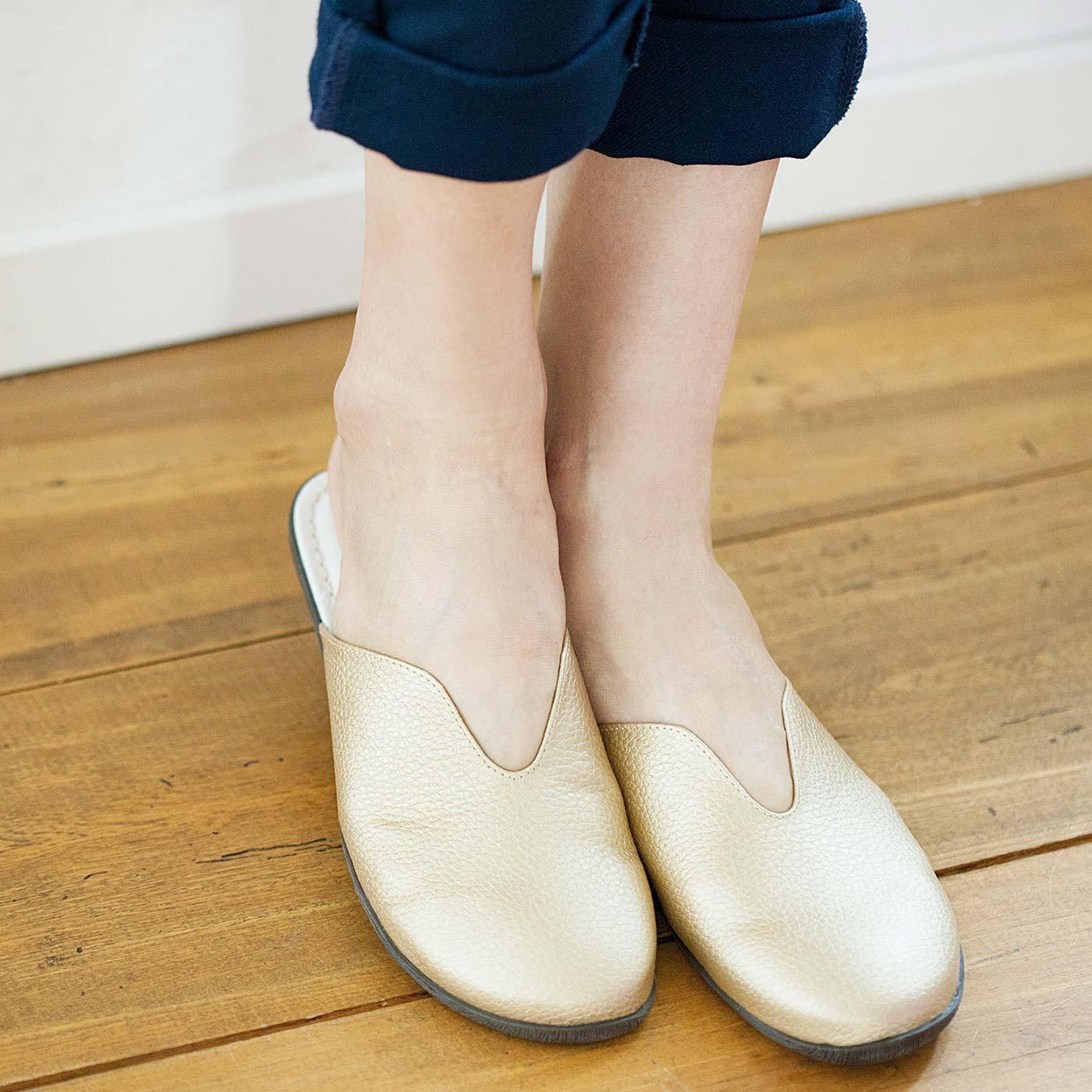 足もとがきれいに見えるこだわりのカッティング。