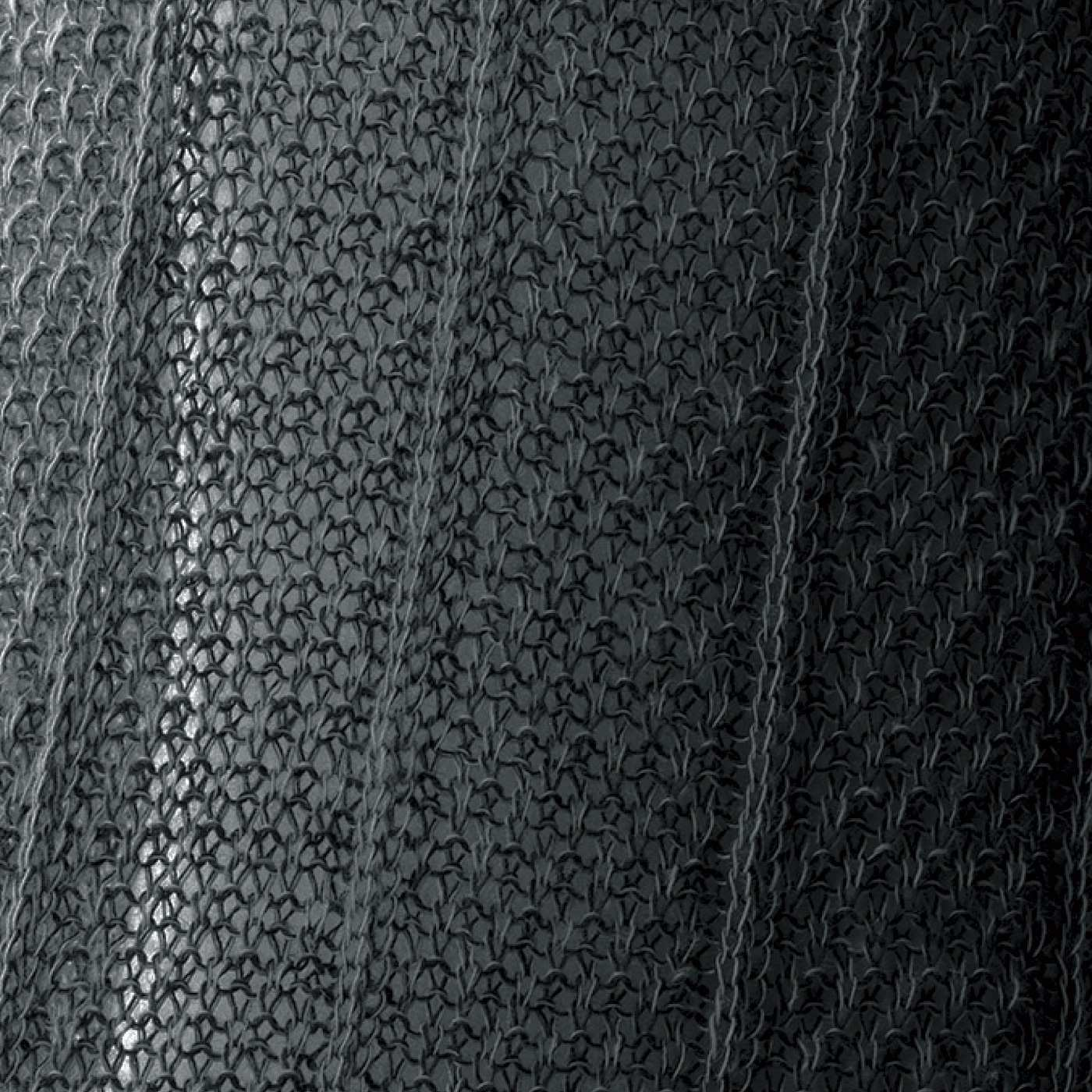 2色をミックスした編地は奥行きのある表情。ほのかな透け感あり。