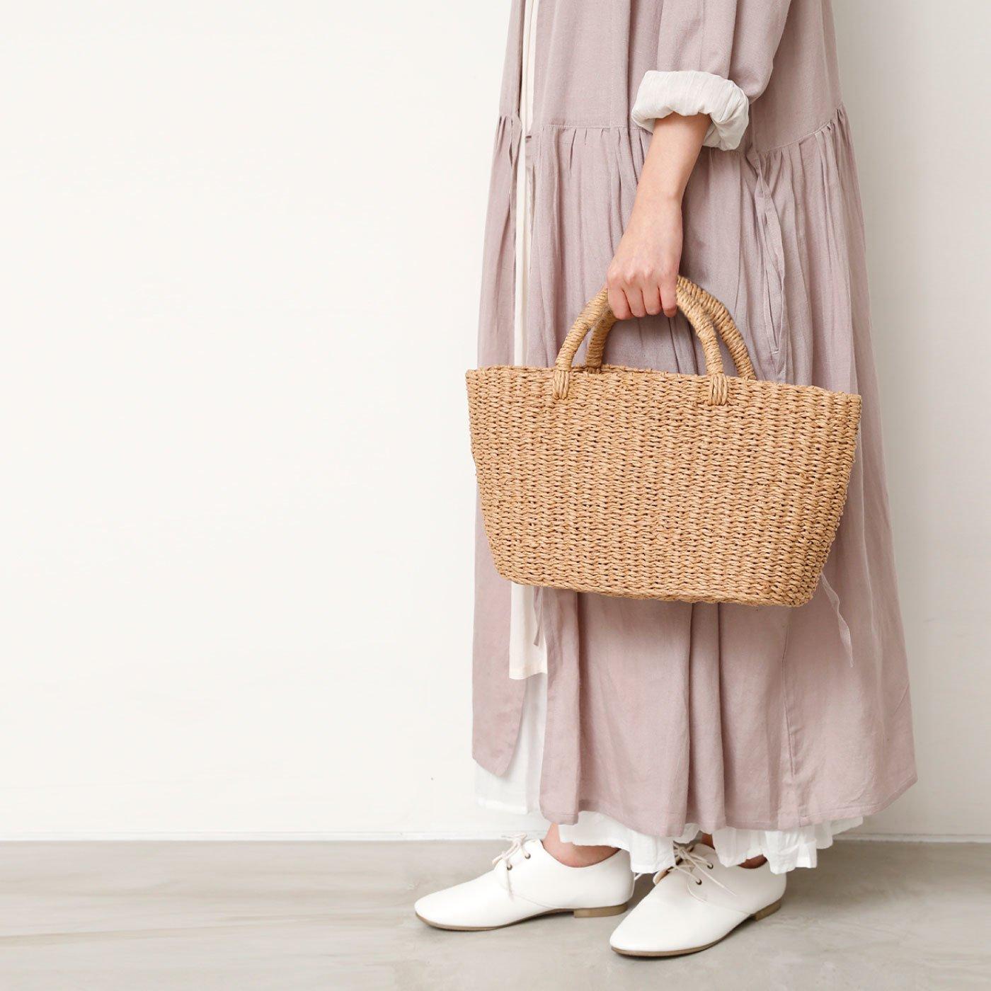 シンプルな素朴さがかわいい ペーパーカゴバッグ L