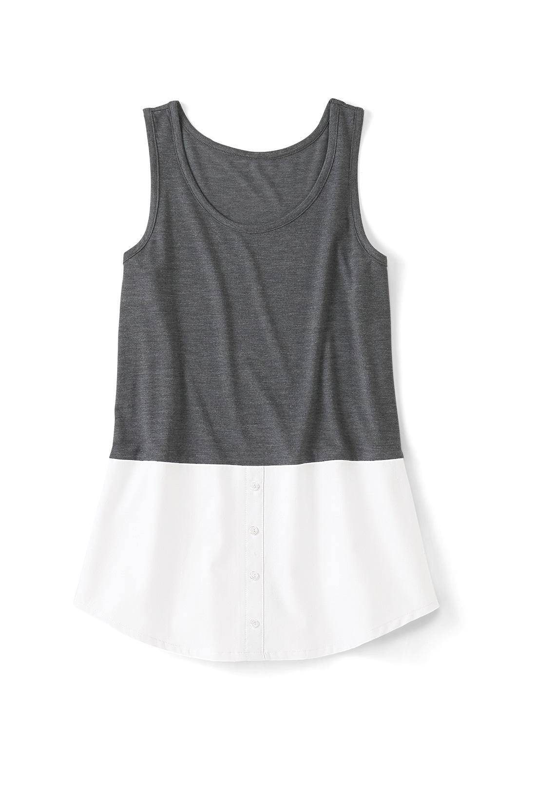 〈ホワイト〉 集めたくなるバリエーション シャツ部分はストライプにチェックなど、充実したラインナップ。前立てやボタンはフェイクの飾り仕様で、すそまで縫い付けられています。