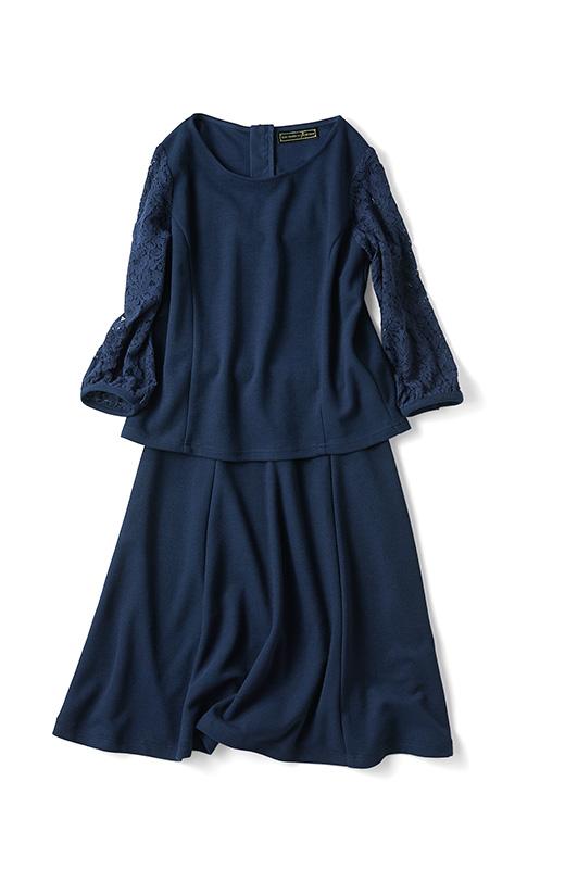 表面感のあるカットソー生地でクラス感アップ。ほんのり肌見えする袖レース&6枚はぎのスカートが知的でフェミニンな女性を演出します。