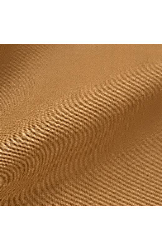 ララ・ステラ 知的ベーシック&旬のトラッド 2つの顔を楽しむ メモリータッチスカート〈キャメル×グレイチェック〉