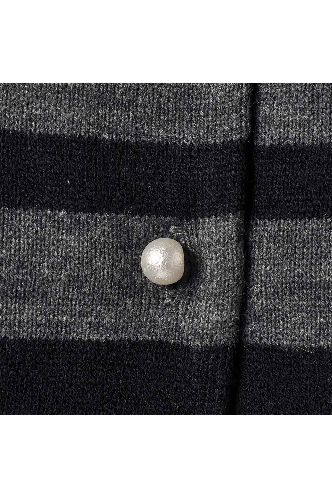 コットンパール調のボタンも上品キュート。