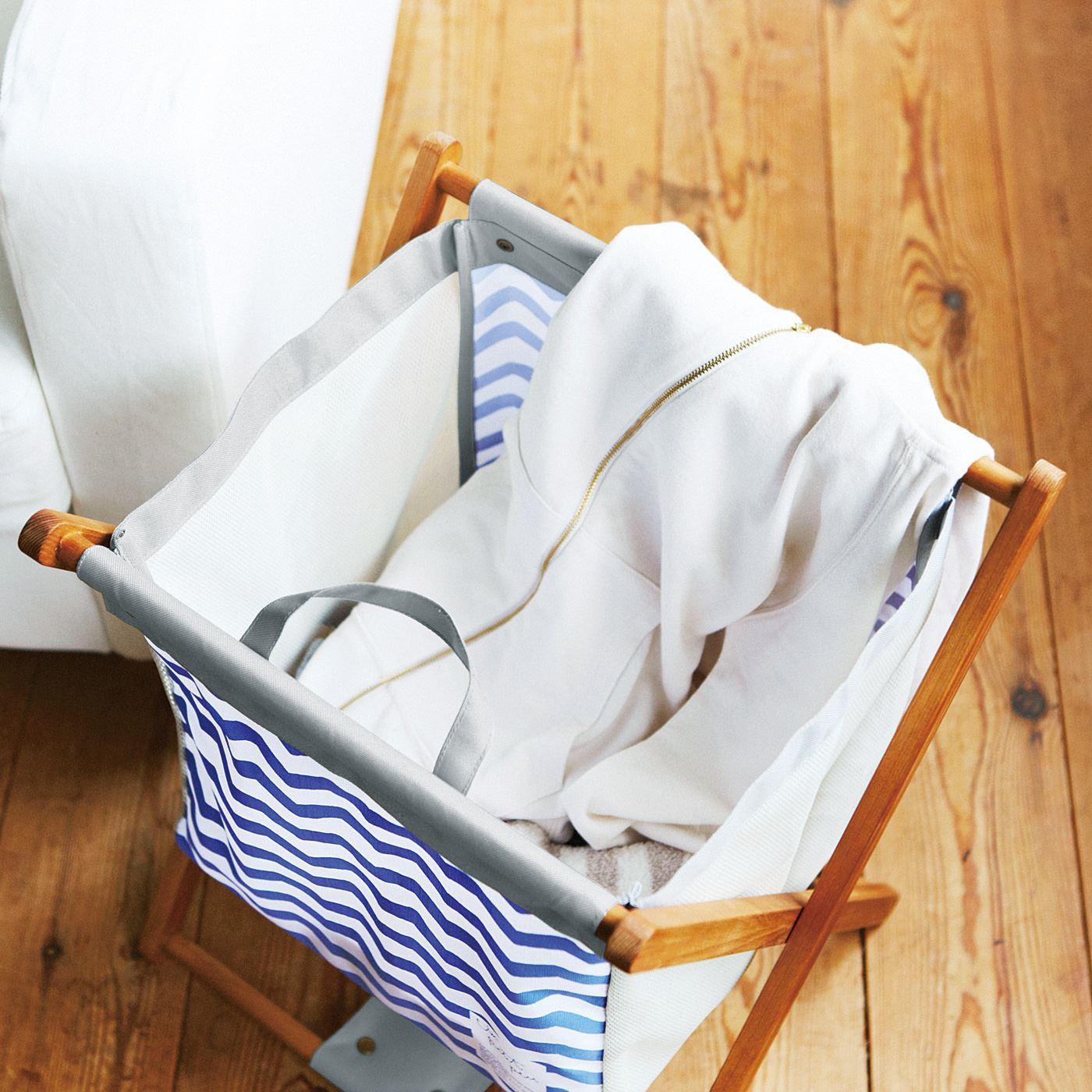 ルームウェアや上着を洗濯するまでの一時置きにも。