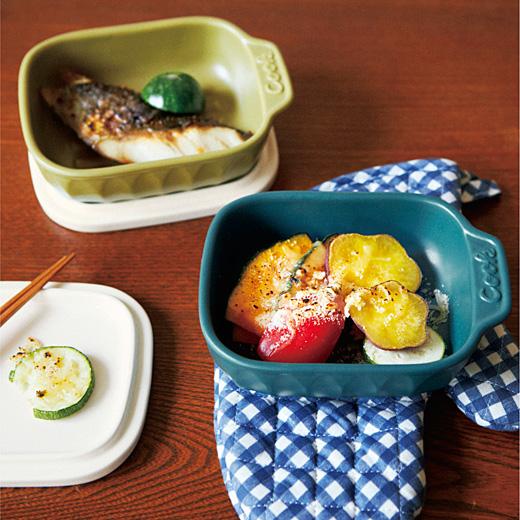 付属のふたは、鍋敷きや取り皿にも。ひとつで3役の優秀アイテムです。