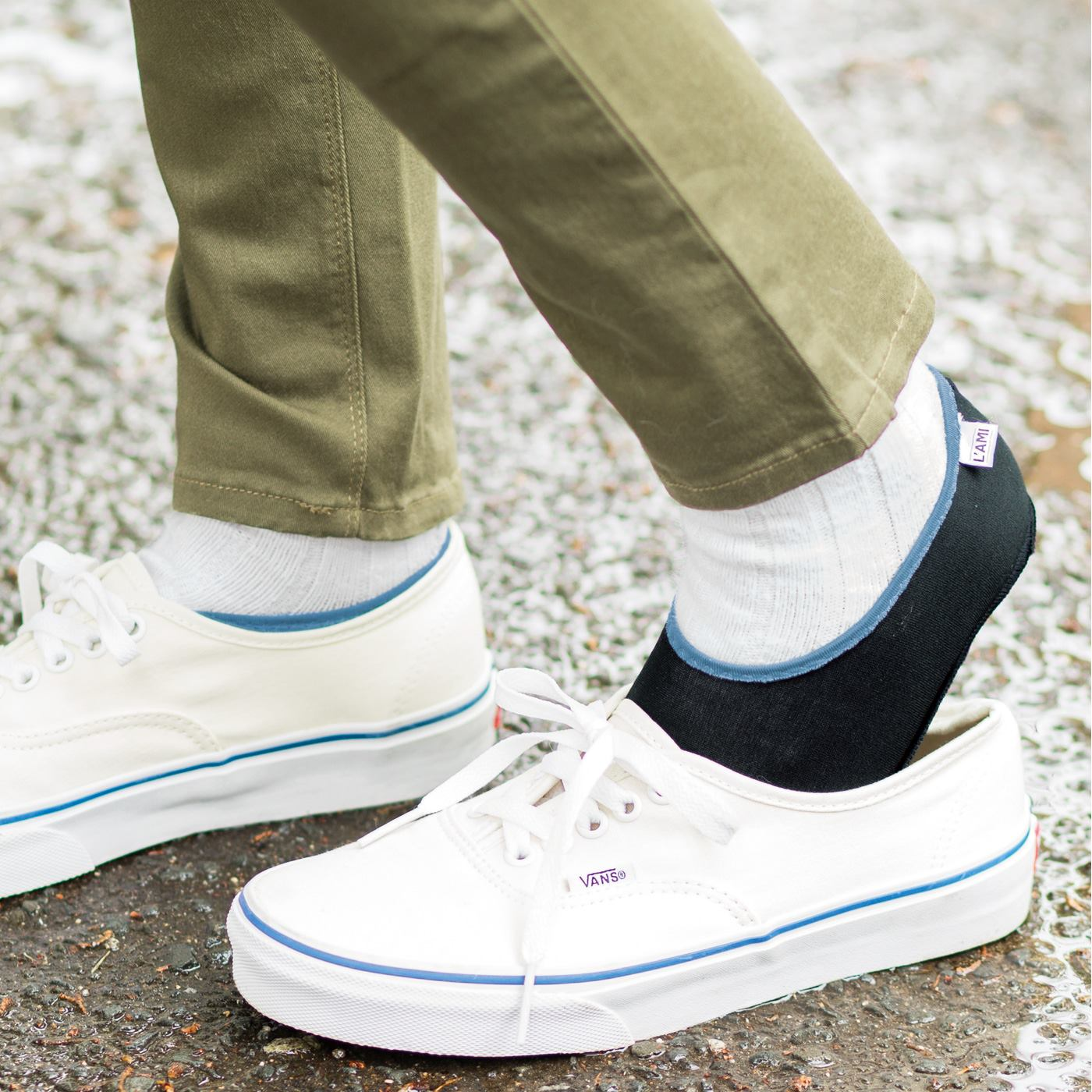 薄いから靴の中でもたつかない。