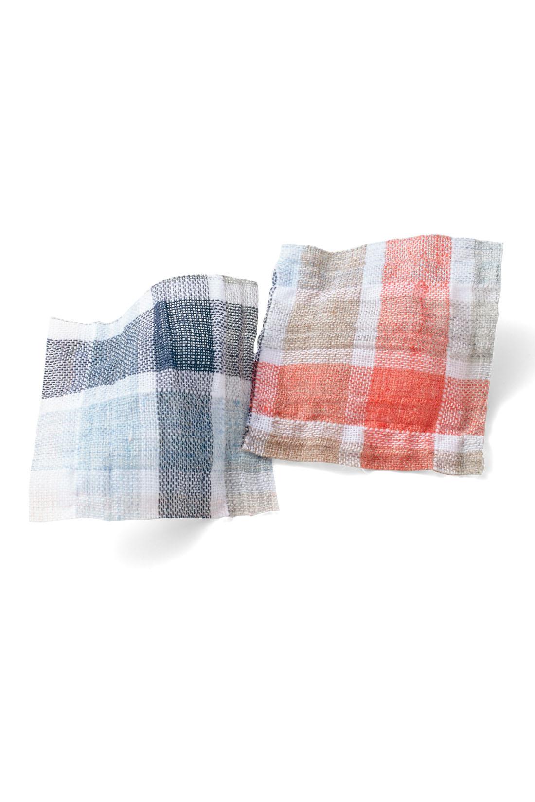 薄手の綿にストレッチ糸を入れてくしゅくしゅさせた素材。さらりとドライな肌心地。