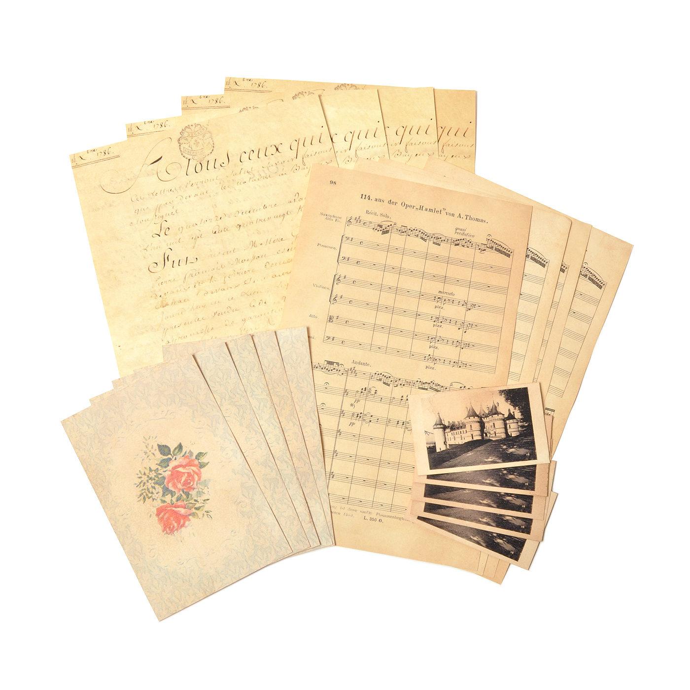 まだ紙が貴重だった昔の羊皮紙などからデザインを。裏面はメモ仕様なので手紙を書いたり、壁に貼って使っても。(便せん2種各4枚、ポストカード5枚、ミニカード5枚)