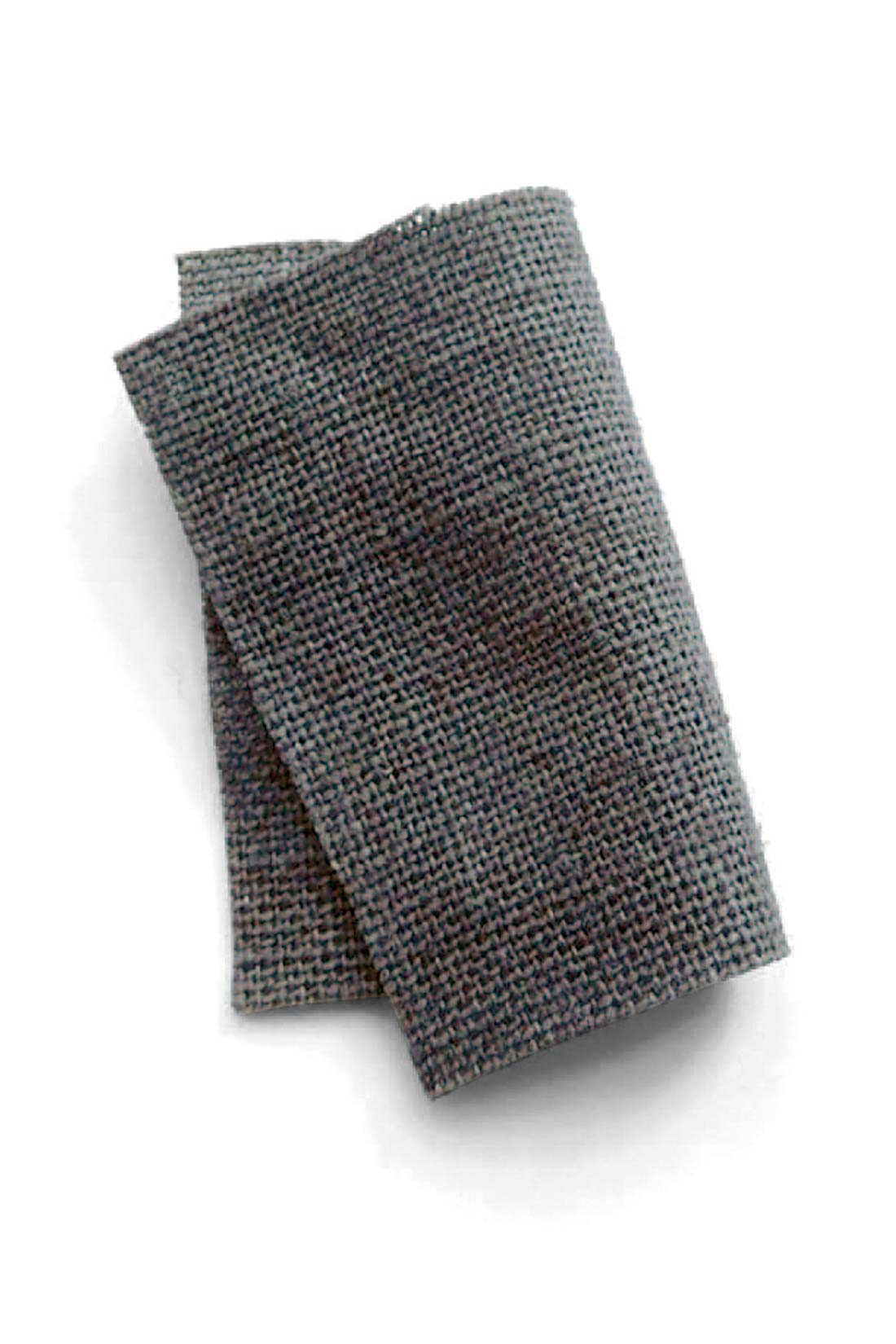 人気のサロペットを麻混素材で。