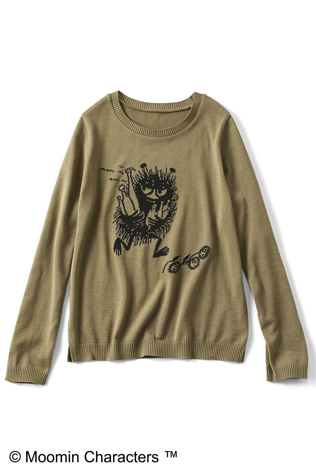 [スティンキー・カーキ]プリントじゃなくて編み模様で表現しているので、なんとなくオトナっぽく見えない? すそのスリットもチャームポイント。