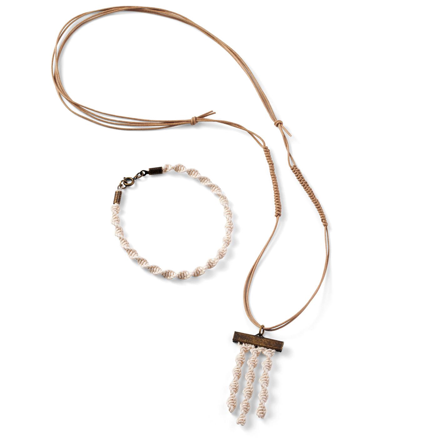 ねじり結びのネックレス&ブレスレット ネックレス:全長約60cm ブレスレット:全長約21cm