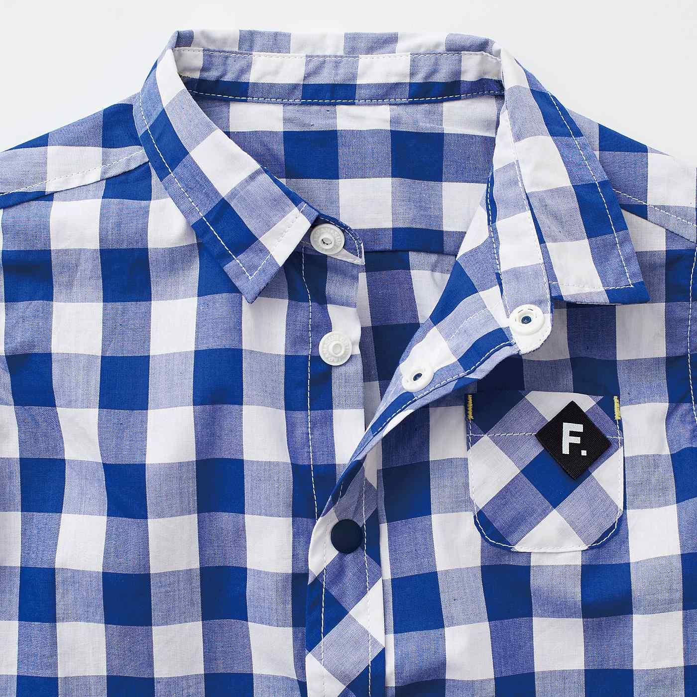 フロントをスナップボタンにして、自分でお着替えをサポート。