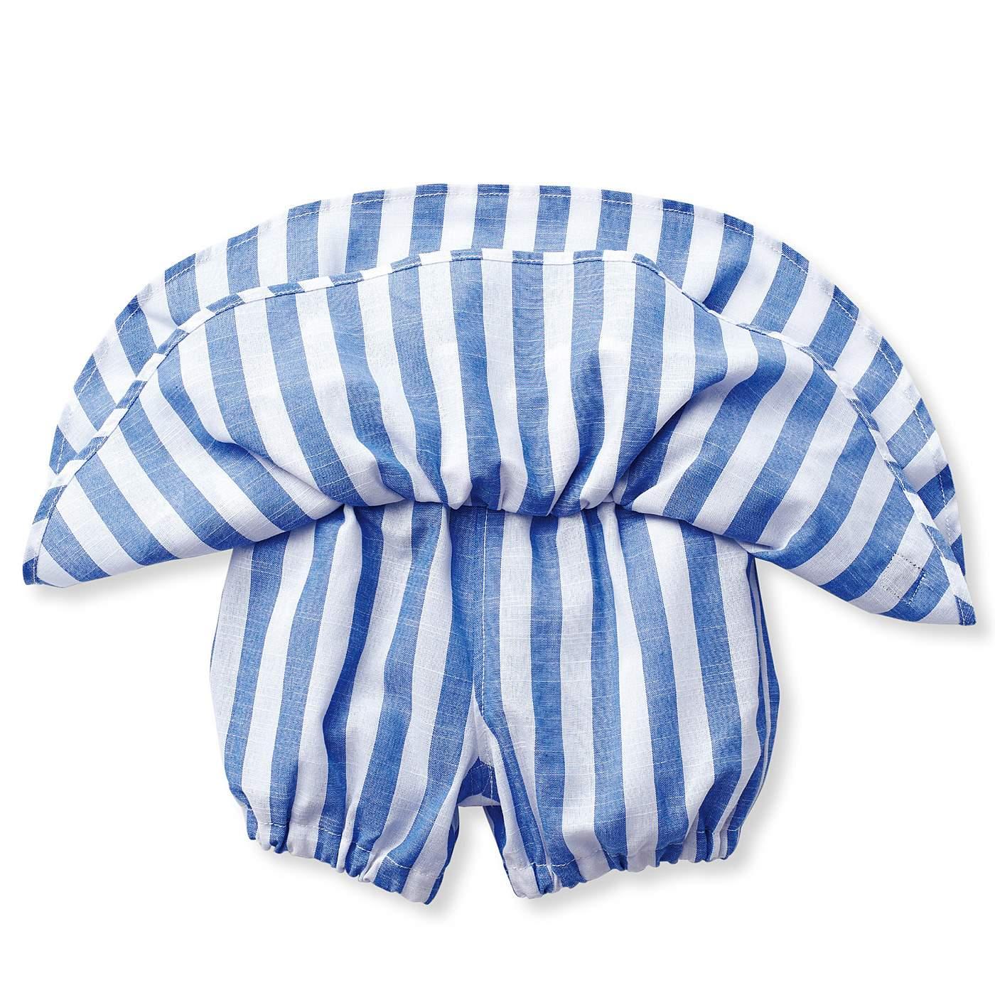 スカートの下はパンツだから、おてんばさんも安心。