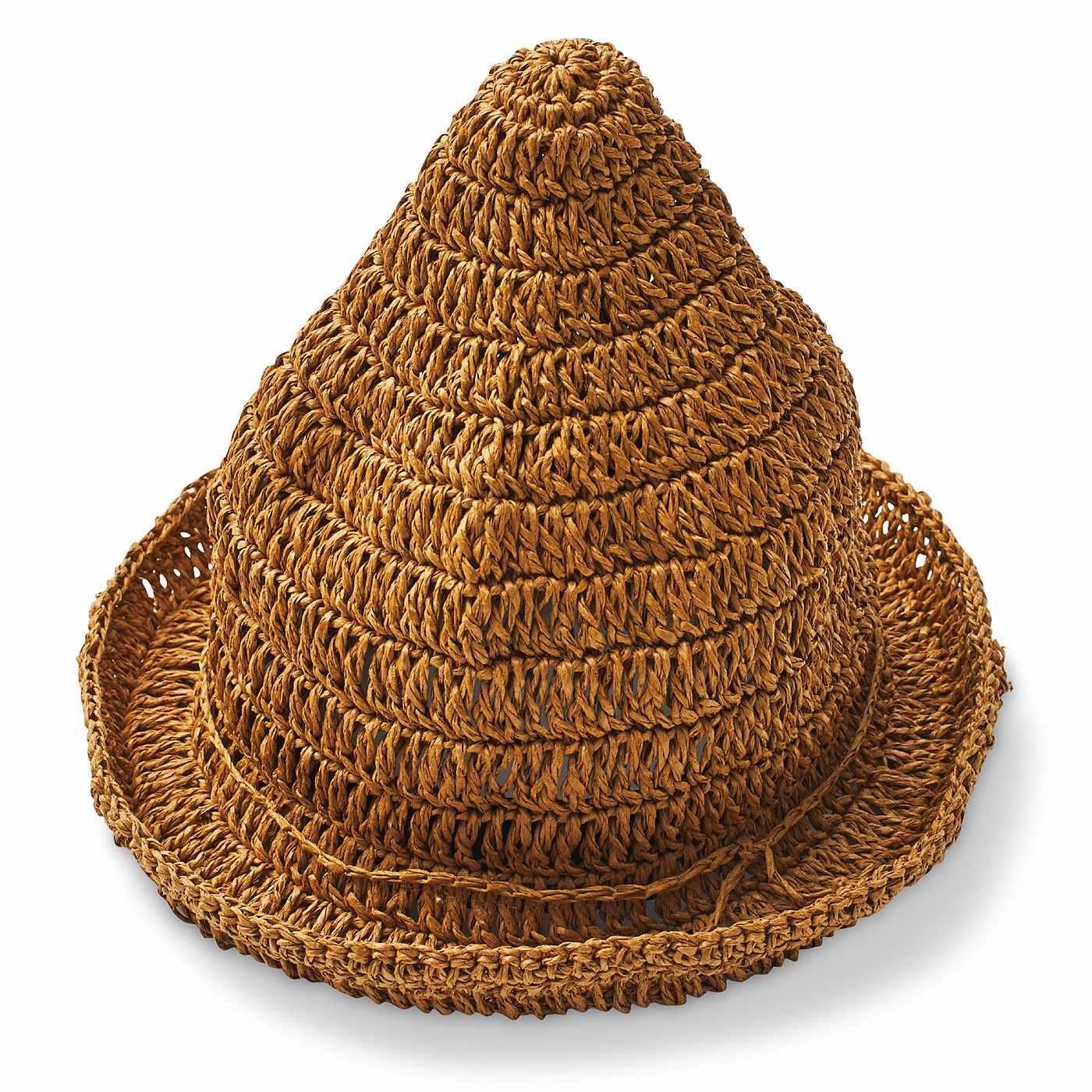 シンプルだけどちょっと個性的なとんがり帽子。