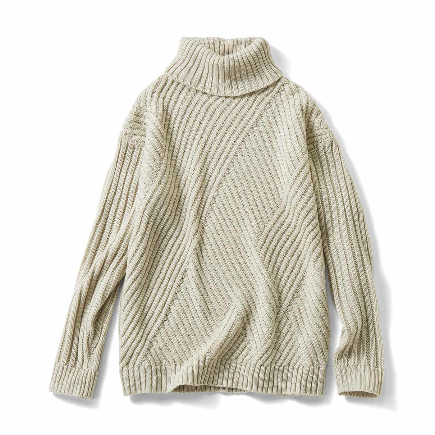 IEDIT[イディット] 斜め編み地切り替えでスッキリ見え 華やかラメタートルニット〈ベージュ〉