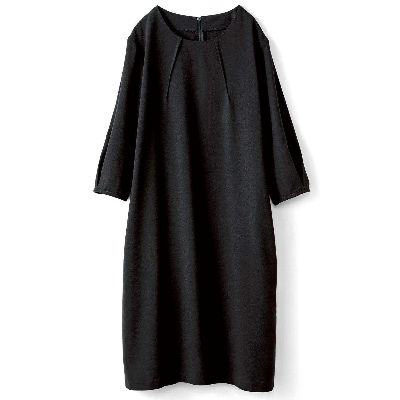 HIROMI YOSHIDA. 袖がふんわりブラックワンピース