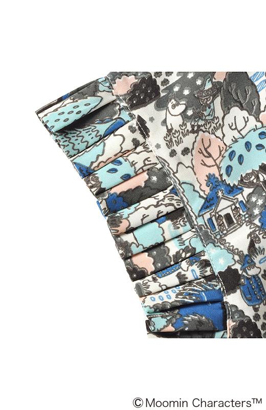 袖についたプリーツがオンナノコな印象をアップ。