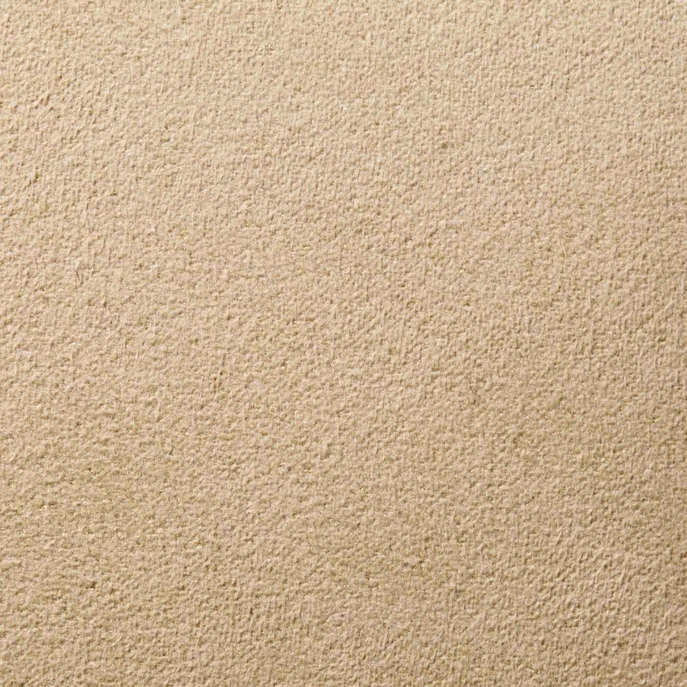 裏面はスエード風素材で床への当たりもしなやか。