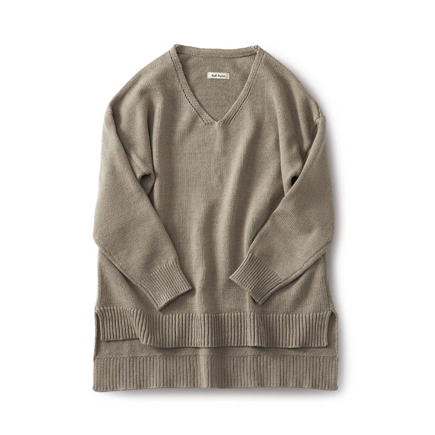 and myera Vネックのセーター